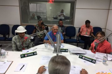 Clima esquenta em 2º debate com candidatos a prefeito de Cajazeiras; Acusações, troca de farpas e interrupções marcam evento