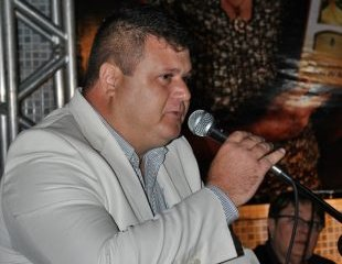 André Gomes lidera pesquisa com 59,3% em Boa Vista; Tonito aparece em segundo com 28%
