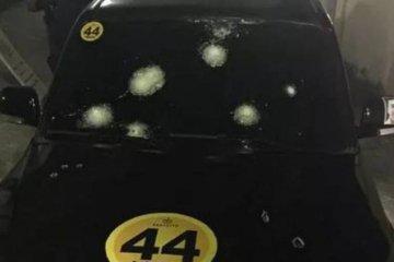 Candidato a prefeito tem carro alvejado, reage e atinge bandido
