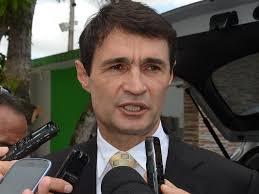 Coligação de Adriano Galdino entra na Justiça contra Romero Rodrigues