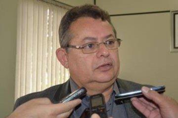 João Dantas fala sobre possibilidade de renúncia de reajuste salarial por parte dos vereadores da CMCG